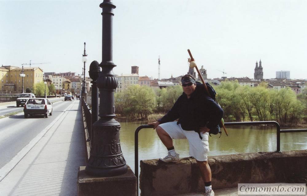 A punto de cruzar el Ebro