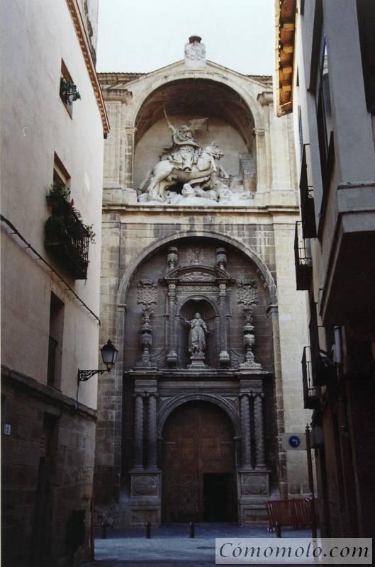 Fachada de la Iglesia de Santiago el Real. Logroño